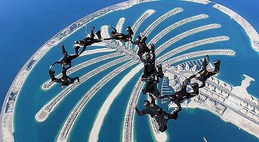 Unusual things to do in dubai-sydive