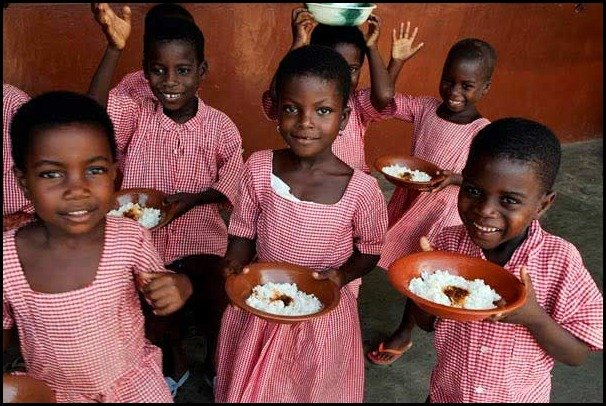 school lunces around the world/Ghana: childrens school lunch