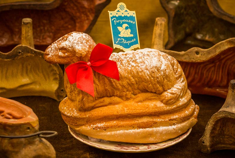 Easter Lamb Cake L'agneau Pascal