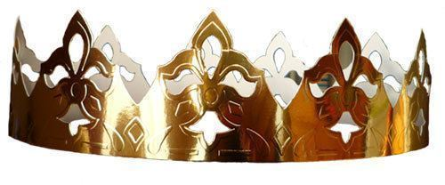 crown found with a king cake in France