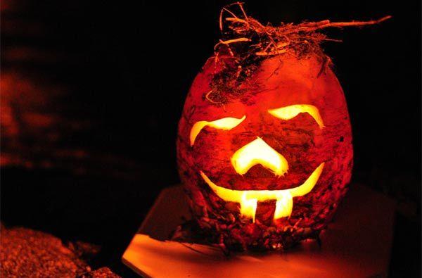 carved-betrave Jack o'lantern