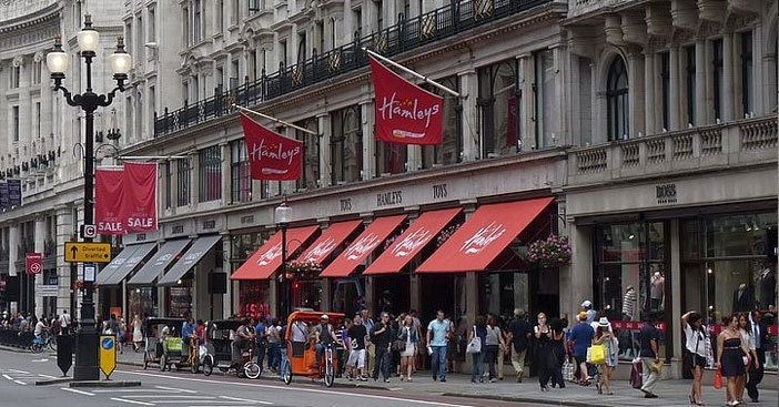 Hamleys-Toy-Store-Regent-St-London-UK