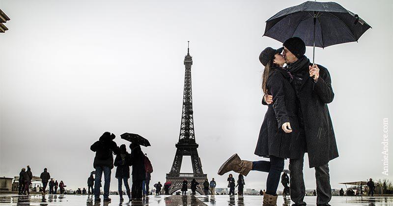schedule a couples photo-shoot around paris:
