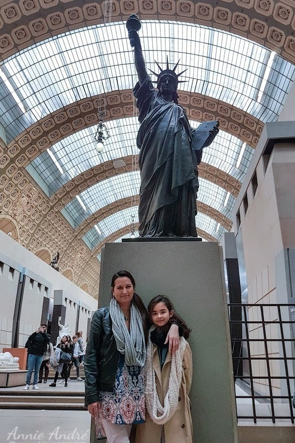 Paris-statue-of-liberty-Musee-D'Orsay