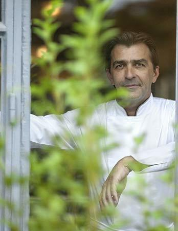 Yanick Alleno Paris au Pavillon Ledoyen 3 star Michelin restaurant Paris.jpg