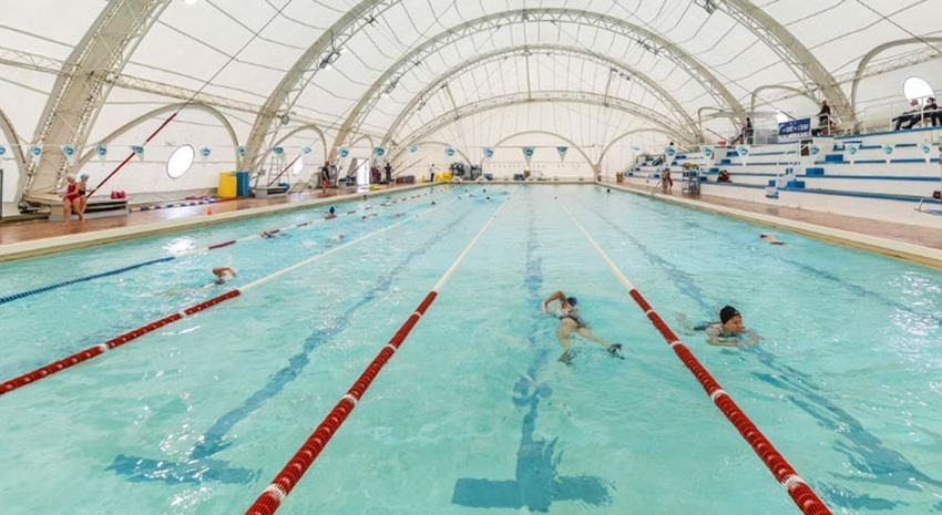 Mérignac public pool: Le stade nautique roof closed
