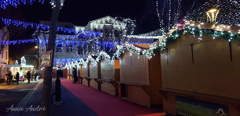 Christmas Chalets in La Garde France closing hours