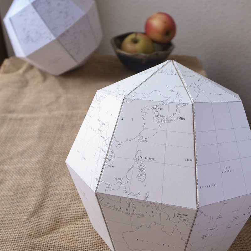 printable le paper globe in French
