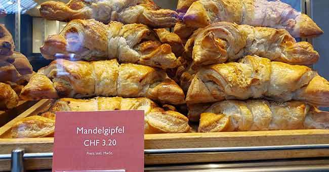 photo: Mandel Gipfel: Swiss German version of an almond croissant
