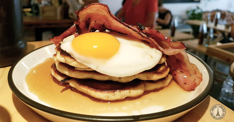 French crepe facts: savoury foods such as eggs and bacon or sausages are not a breakfast food in France. Neither are crepes.
