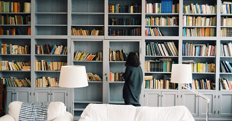 how to Minimize your book collection before you pack them and move
