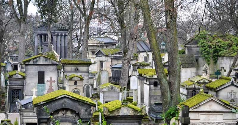 Pere-Lachaise-Graveyard- an unusual off the beaten path to visit in Paris