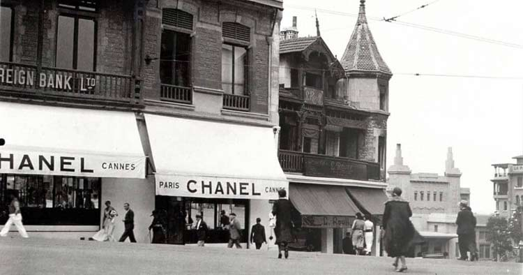 Chanel opens her third shop in Biarritz, calls it Chanel. It is her first haute couture boutique