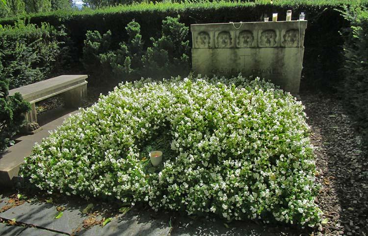 Chanel grave Lausanne Switzerland Bois-de-Vaux Cemetery