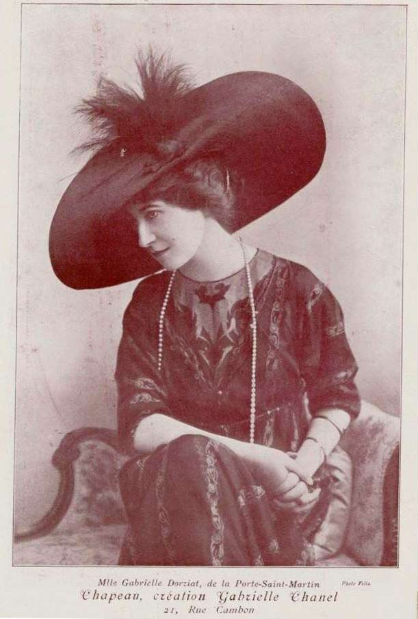 Gabrielle Dorziat wearing a Gabriel Chanel Hat