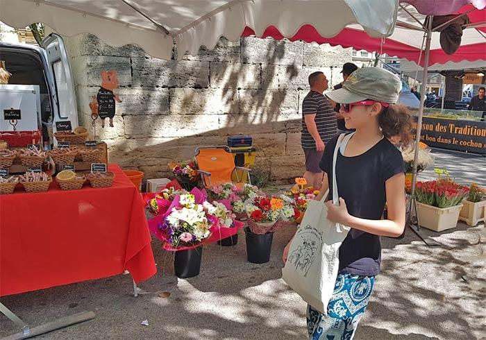 Outdoor market in Montpellier