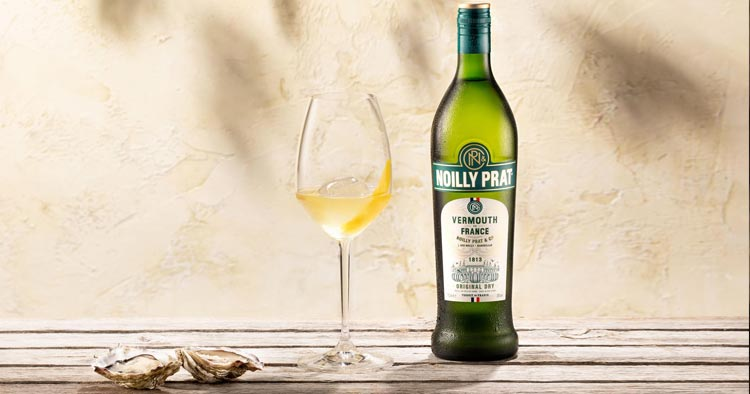 """French drink Aperitif: Dry Vermouth """"Noilly Prat"""""""