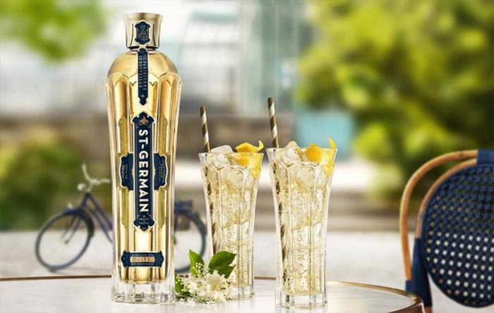 St. Germain Spritz: A French liqueur aperitif with sparkling wine and sparkling water